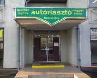 Caesar autóriasztó beszerelés üzletének bejárata